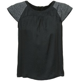 One Step CARRIE lyhythihainen t-paita
