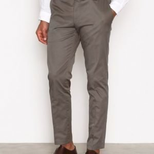 Oscar Jacobson Denzel Trousers Pukuhousut Army