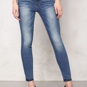 Pieces Just thrine RMW cropped Medium Blue Denim