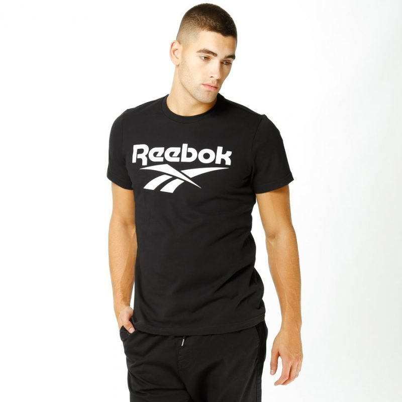Reebok Chest Vector Graphic -t-paita