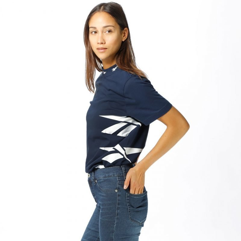 Reebok Vector High Neck -t-paita