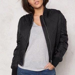 Rut & Circle Kate Quilt Bomber Jacket Black