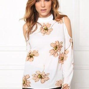 Rut & Circle Sonya Of Shoulder Blouse White