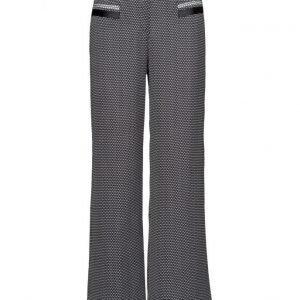 SAND 3098 1 Almira leveälahkeiset housut