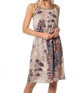 STUDIO Only Smart Knee Dress Marshmallow Feather