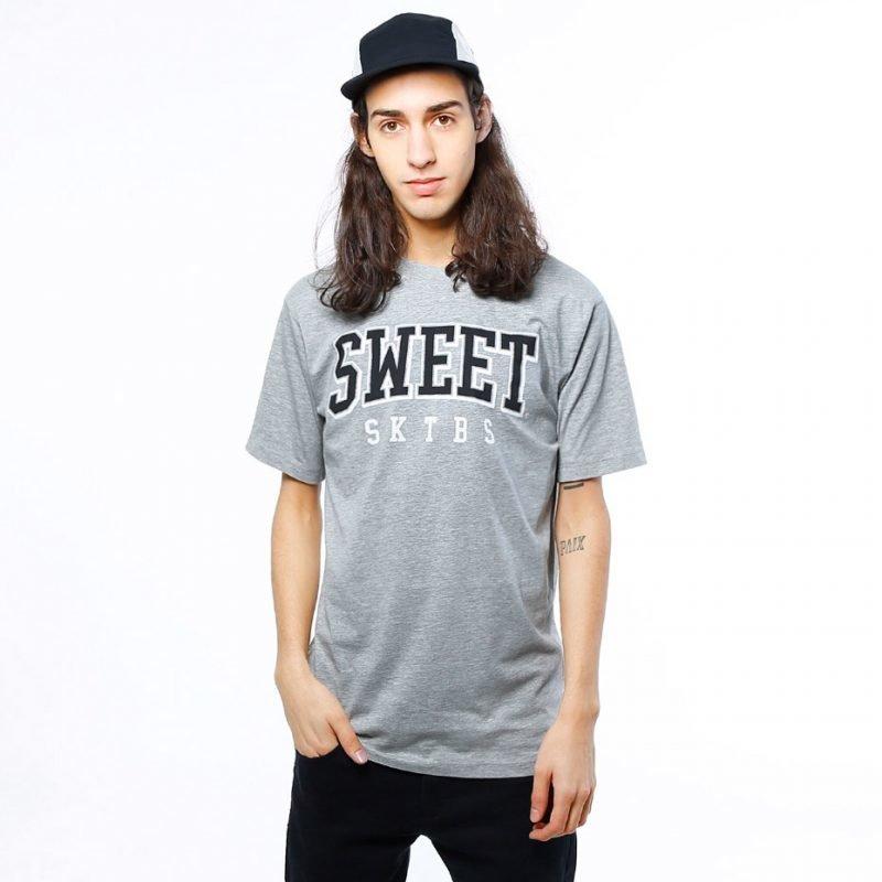 SWEET SKTBS Regular Arch -t-paita