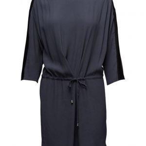 Saint Tropez Dress W.Contrast Trim lyhyt mekko