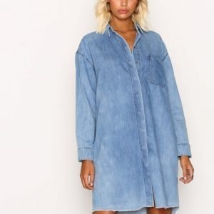 Selected Femme Sfpetra Ls Denim Dress Medium Blue Loose Fit Mekko Vaaleansininen