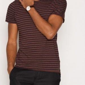 Selected Homme Shdmonte Ss O-Neck Tee T-paita Tummanvioletti