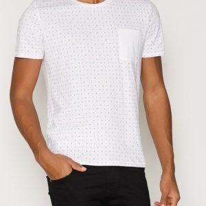 Selected Homme Shdnewton Ss O-Neck Tee T-paita Valkoinen