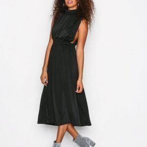 Sisters Point Brazil Dress Juhlamekko Black