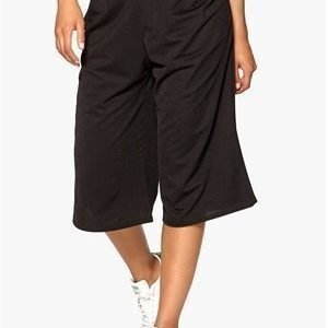 Sisters Point Calo pants Black