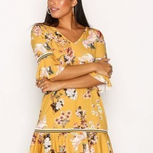 Sisters Point Coster Dress Loose Fit Mekko Saffron
