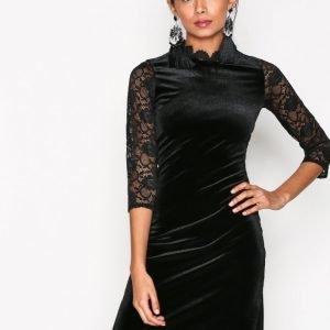 Sisters Point Cumi Dress Kotelomekko Black