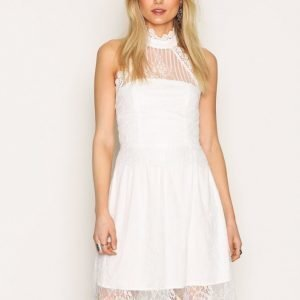 Sisters Point Dream Lace Dress Skater Mekko Cream
