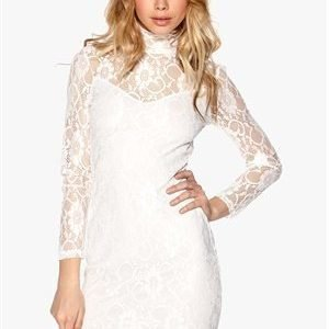 Sisters Point Emmo Dress Creme