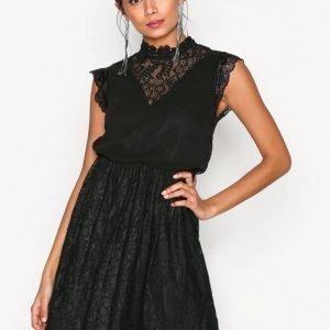 Sisters Point Evil Dress Kotelomekko Black
