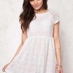 Sisters Point Velu-Dress 115 Cream