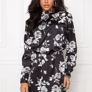 Sisters Point Volo Dress Black Comb