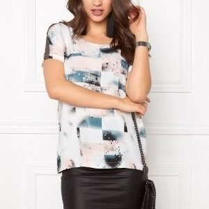 Soaked In Luxury Arianne Top Spray Paint Print