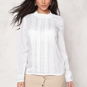 Soaked In Luxury Boho Shirt Lily White