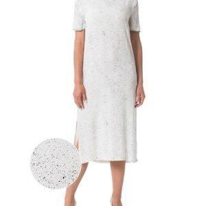 Soaked In Luxury Sylvie mekko