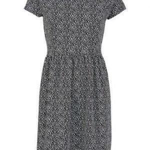 Soaked in Luxury Naomi Dress Pattern