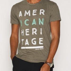 Solid Eliezer T-shirt T-paita Melange