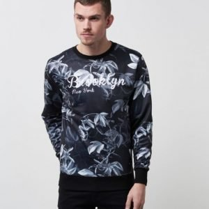 Speechless Brooklyn Printed Sweater