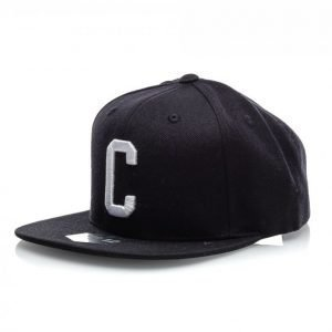 State Of Wow Charlie Snapback Lippis Musta