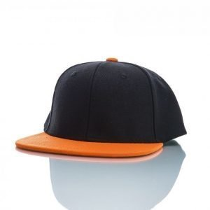 State Of Wow Snap Back Two Tones Lippis Musta