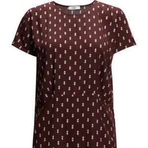 Stig P Cassidy Short Sleeve Top