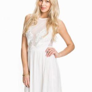 TFNC Lizia Dress