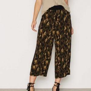 Topshop Camo Print Wide Leg Trousers Housut Khaki