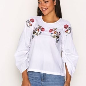 Topshop Floral Embroidered Poplin Top Pusero White