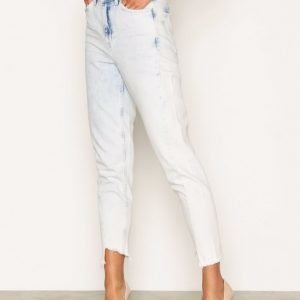 Topshop Moto Bleach Twisted Seam Mom Jeans Straight Farkut White