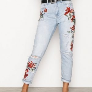 Topshop Moto Flower Embroidered Mom Jeans Loose Fit Farkut Bleach Acid Wash