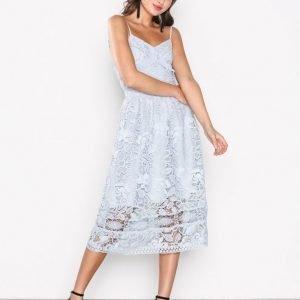 True Decadence Lace Sleeveless Dress Maksimekko Blue
