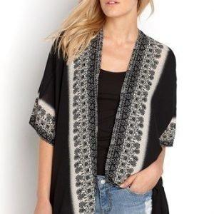 TrulyMine Kimono Leila Musta Offwhite