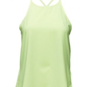 Under Armour Accelerate Tank urheilutoppi