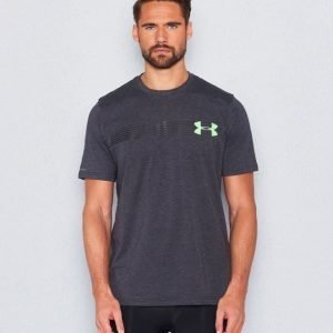 Under Armour Fast UA Left Chest SS Tee 003 Black Hyper