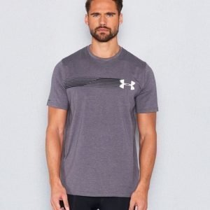 Under Armour Fast UA Left Chest SS Tee 090 Carbon
