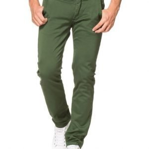 Velour by Nostalgi Adan Chino Forest Green