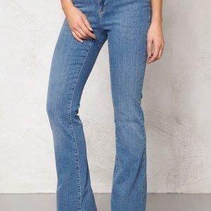 Vero Moda Sally Flare Jeans Lt Denim