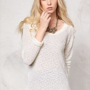 Vero Moda Snow knit blouse Snow White