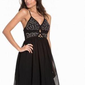 Vero Moda Vmrocky Stud S / L Short Dress Dr5 Juhlamekko Musta