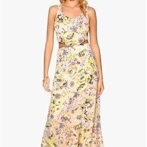 WYLDR Dayna Dress Yellow