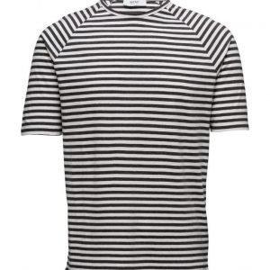 WeSC Baki S/S T-Shirt Raglan lyhythihainen t-paita