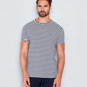 WeSC Baki s/s t-shirt raglan navy blazer