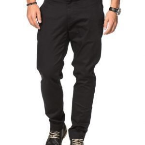 Whyred Cron Satin Stretch 090 Black